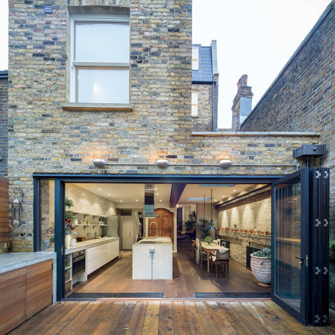 image from: https://www.houzz.co.uk/magazine/architecture-10-creative-ideas-for-side-return-extensions-stsetivw-vs~29787590